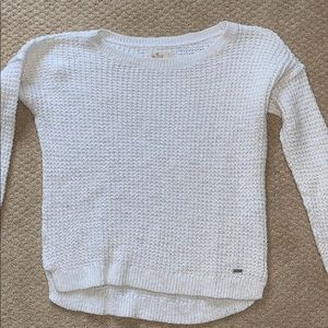 WHITE HOLLISTER SWEATER